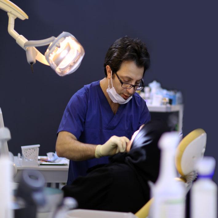 دندانپزشک ترمیمی خوب در تهران
