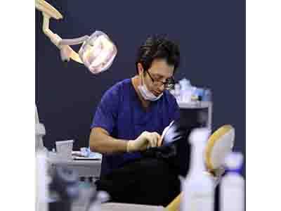 بهترین دندانپزشک زیبایی تهران